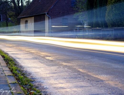 Lichtstreifen Langzeitbelichtung Auto