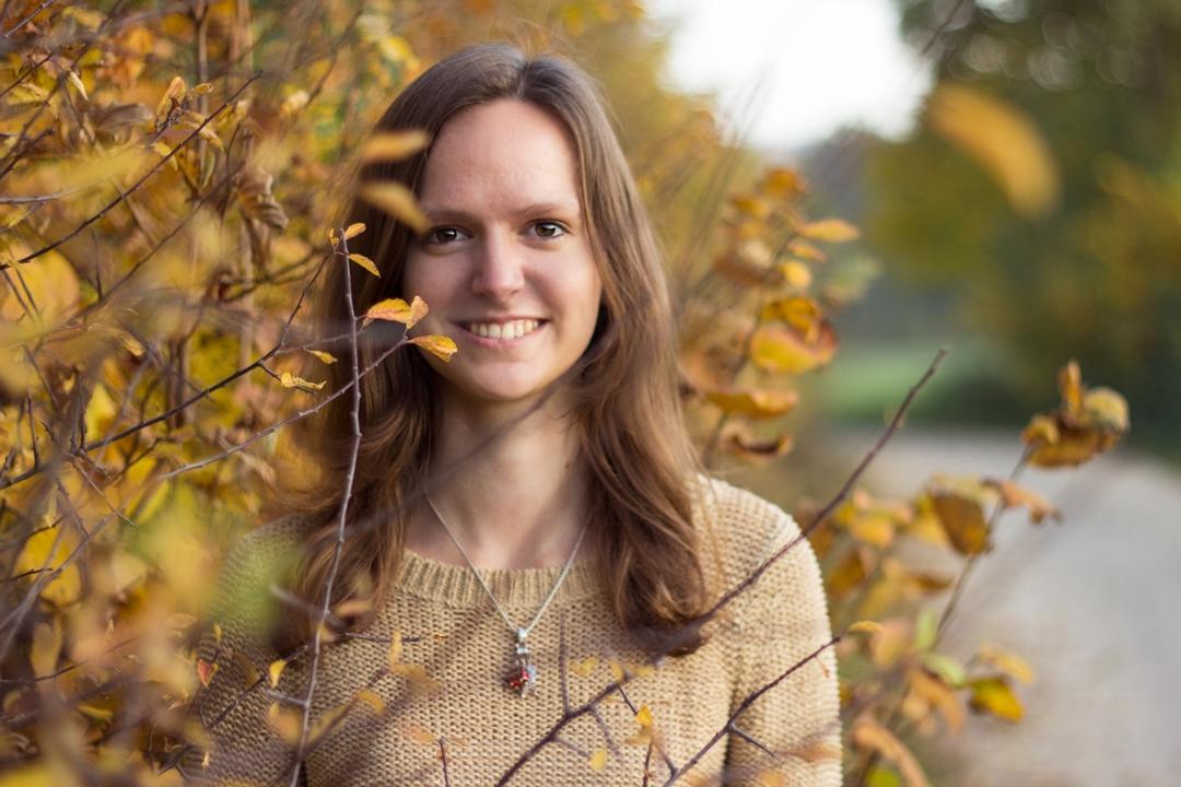 Herbst Portrait Annka
