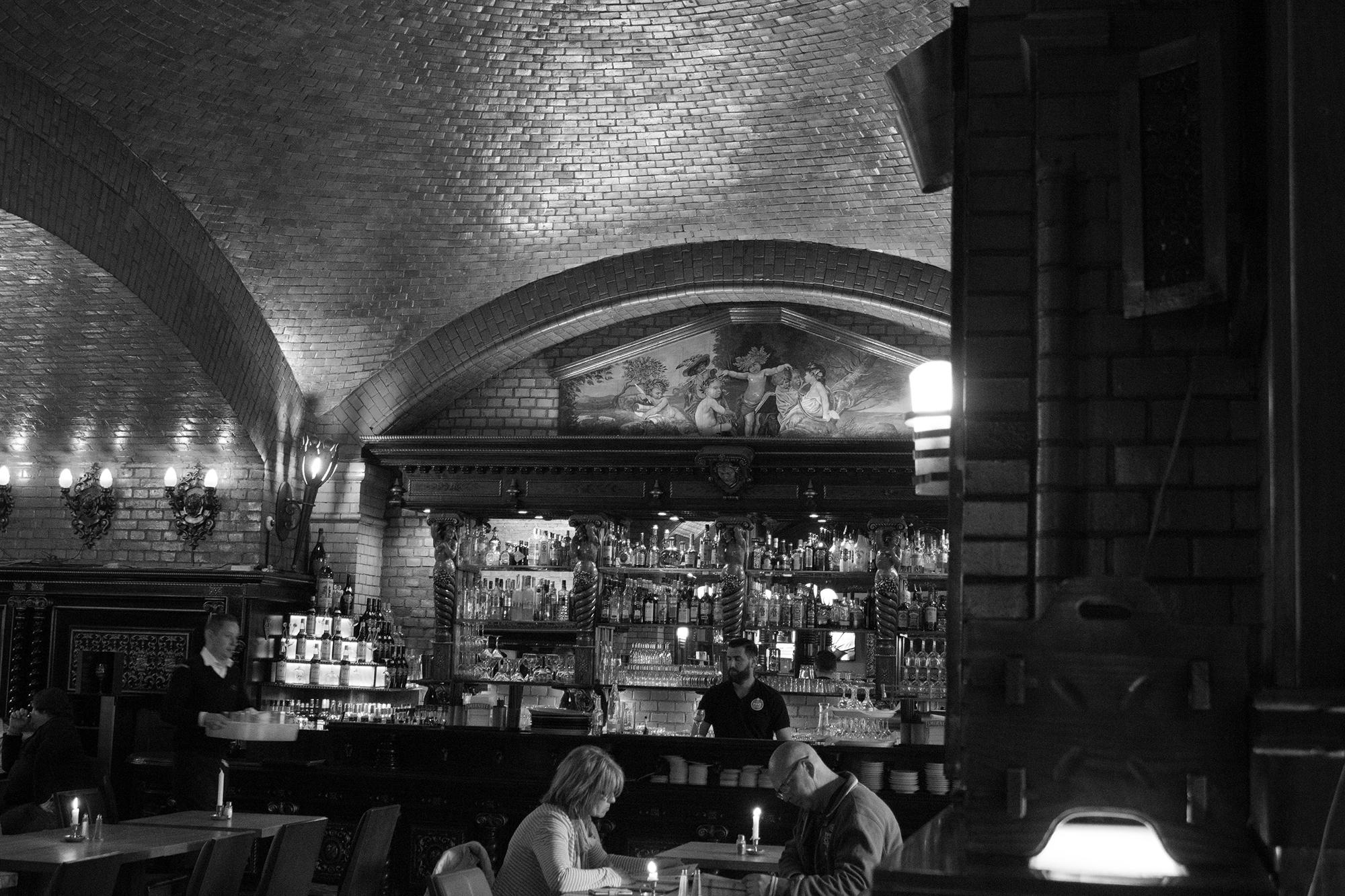 Bar Berlin Schwarz-Weiß