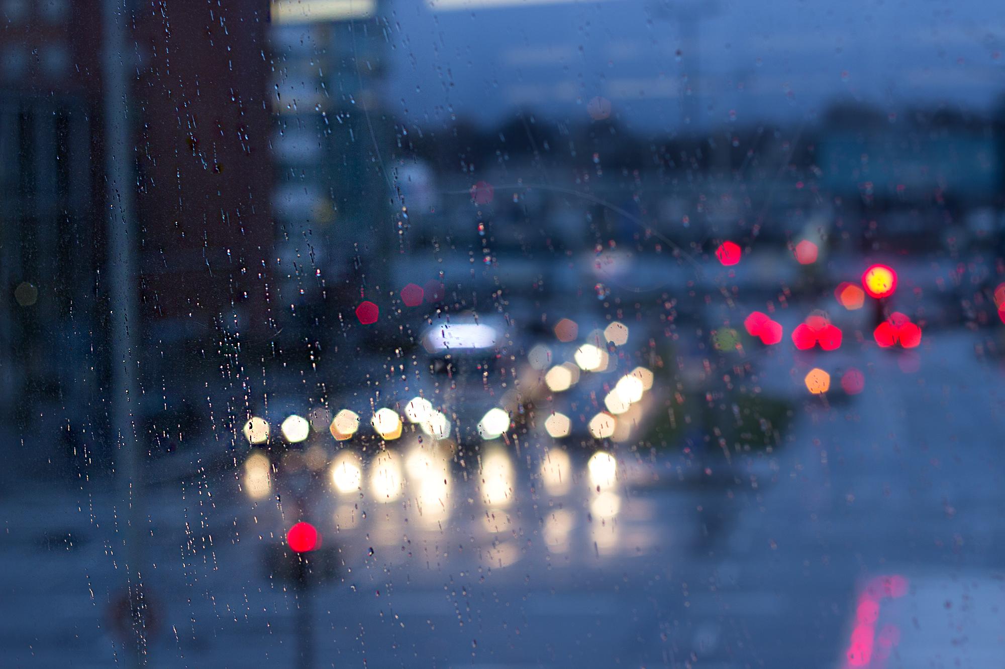 Fotografie bei Regen - Bokeh Straßenlichter